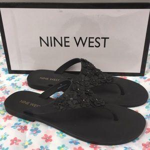 Nine West Vlora floral thong sandals black 6 M NIB